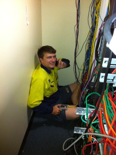 Tradesmen On Time - Brisbane Electrician - data work at edmi 2