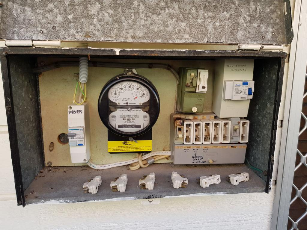 electrician springwood qld - electrical contractors springwood brisbane - air conditioning wiring emergency electrician