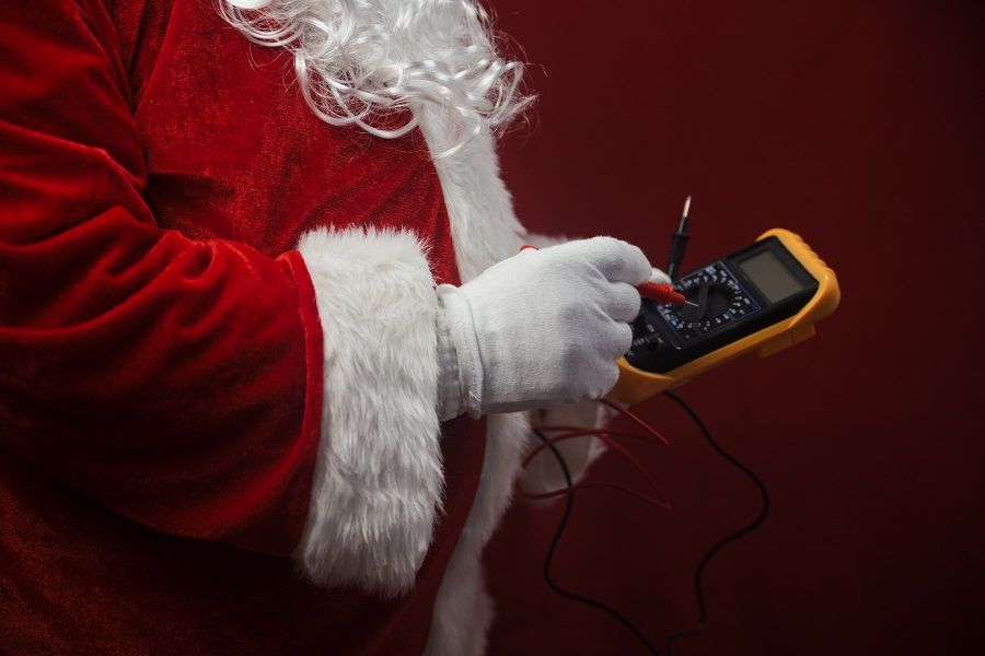 Christmas Lights – Keeping Your Home and Family Safe!