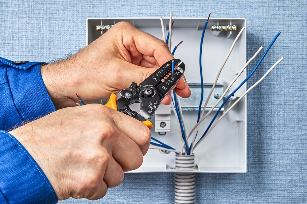electrical home safety brisbane - electrical maintenance and inspection brisbane
