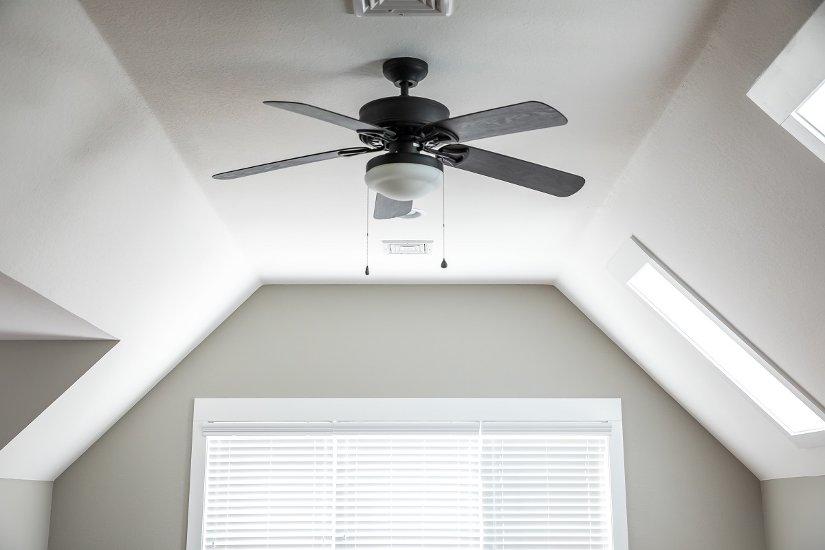 Why run ceiling fans with air conditioners?